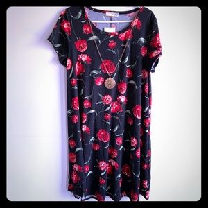 Floral T-Shirt Dress Necklace Plus 2X NWT
